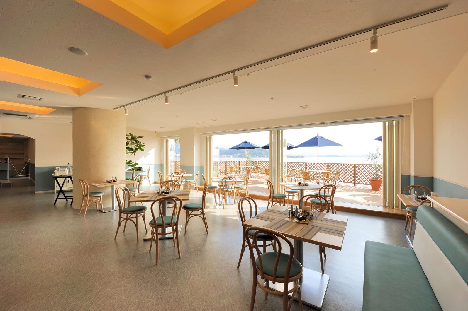 ドッグカフェ&ドッグラン Café The Rodhos